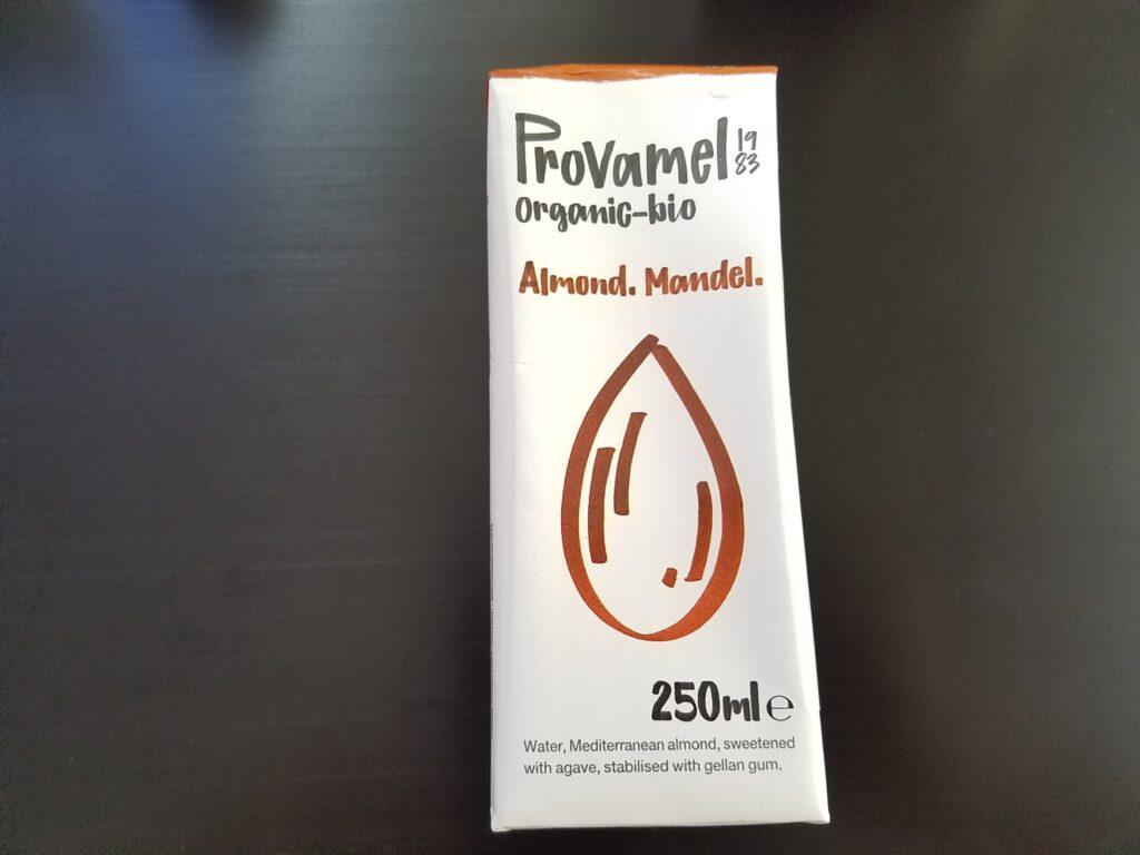 プロヴァメル オーガニックアーモンドミルク