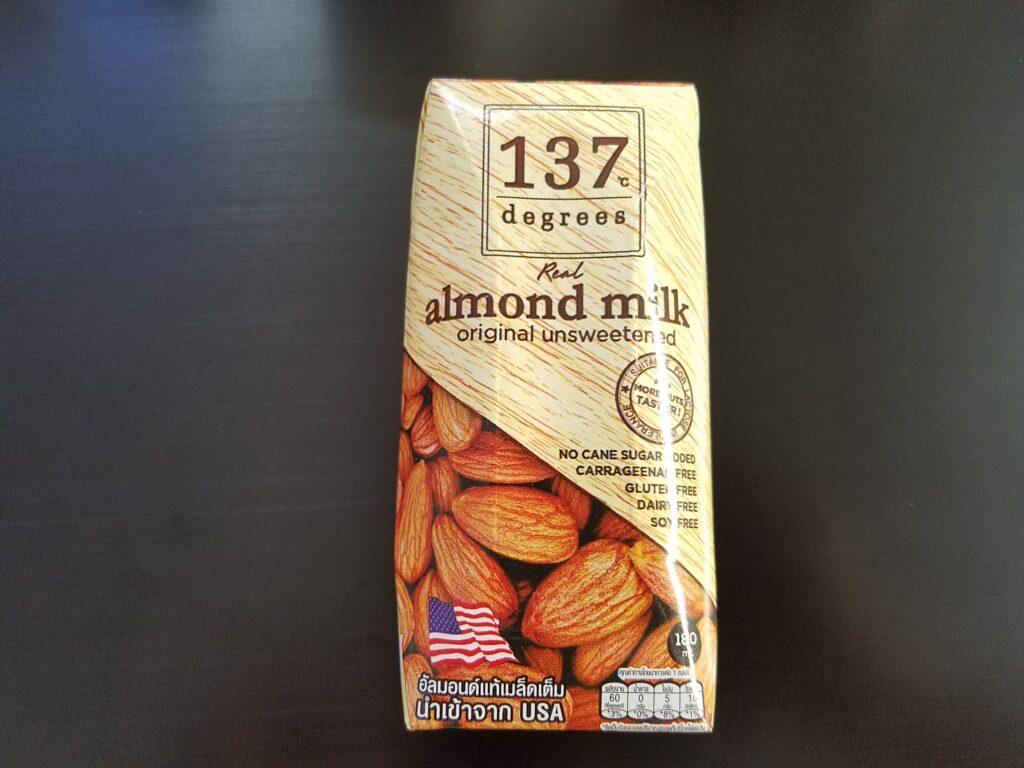 137ディグリーズ アーモンドミルク